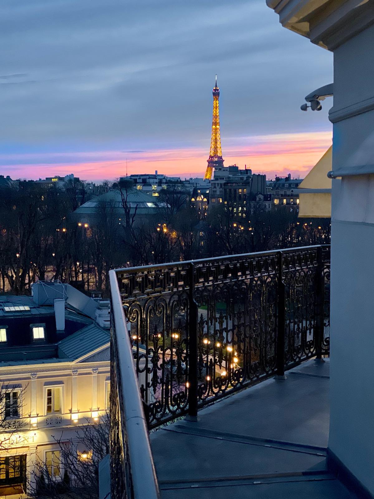 Classy colibri at La Réserve Paris Hotel & Spa