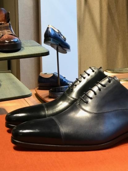 Classy colibri on Santoni shoes Oxford dress shoe cap toe soulier richelieu bout droit