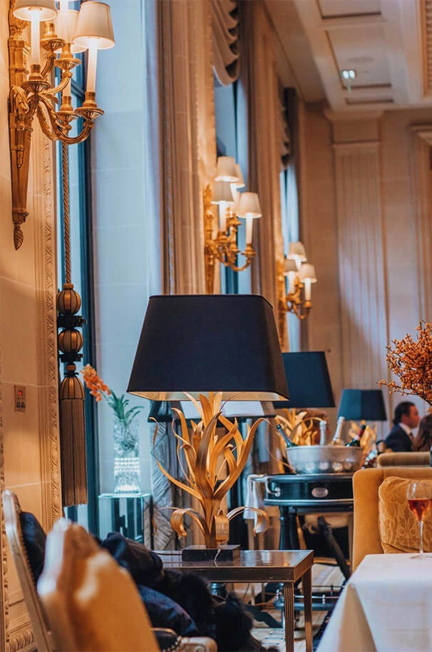 Four Seasons Hotel George V Paris, flower creations by Jeff Leatham