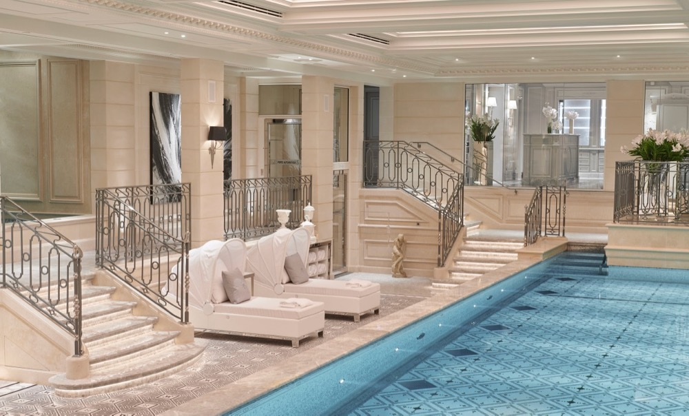 Classy colibri at the spa of the Four Seasons Hotel George V Paris